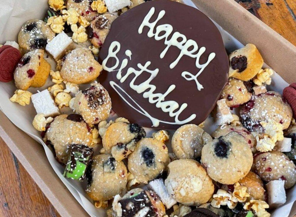 catering-birthday-box-768x1024